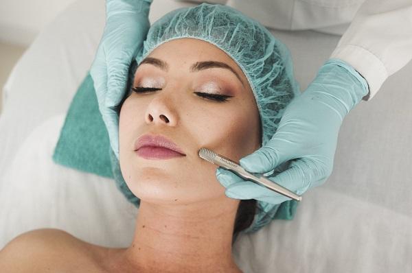 dermatolog ne demek-dermatolog nedir-cildiye hangi bölüm bakar-cildiye ne demek-cildiye nedir-dermatolog hangi bölüm-dermatolog hangi hastalıklara bakar-dermatolog nedir neye bakar-dermatolog neye bakar-dermatoloji bölümü nedir-dermatoloji hastalıkları resimli-dermatoloji nedir hangi hastalıklara bakar-dermatolojik hastalıklar