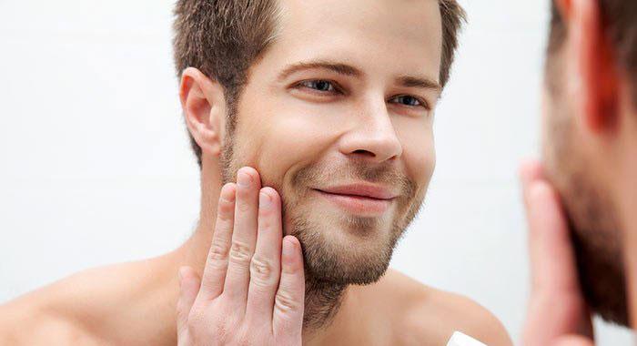 Erkeklerde yağlı cilt bakımı